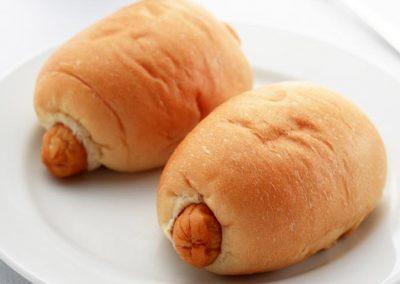ขนมปังไส้กรอก - เบเกอรี่อร่อยๆ จาก Puff & Pie ครัวการบินไทย